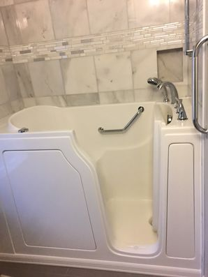 Accessible Bathtub in Abbeville by Independent Home Products, LLC